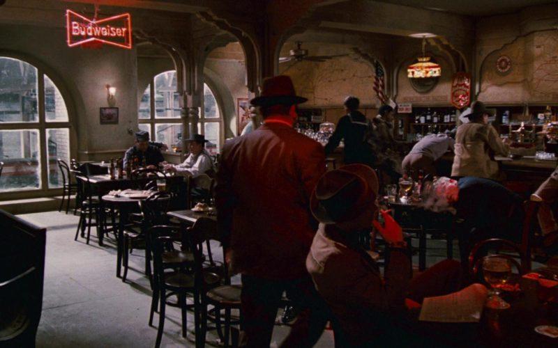 Budweiser Beer Red Neon Sign in Who Framed Roger Rabbit (1)