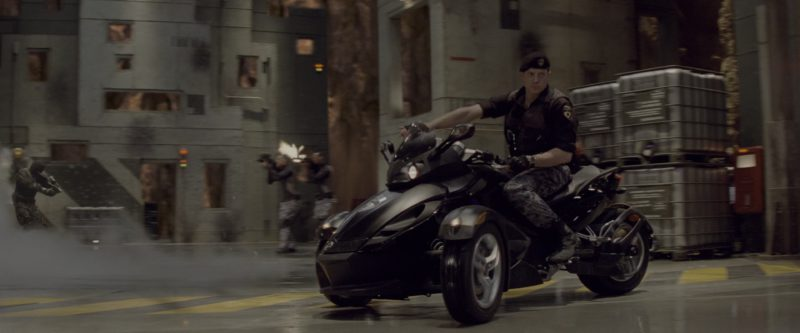 Can-Am Spyder Three Wheel Motorcycle Manufactured by Bombardier Recreational Products in G.I. Joe: The Rise of Cobra (2009) - Movie Product Placement