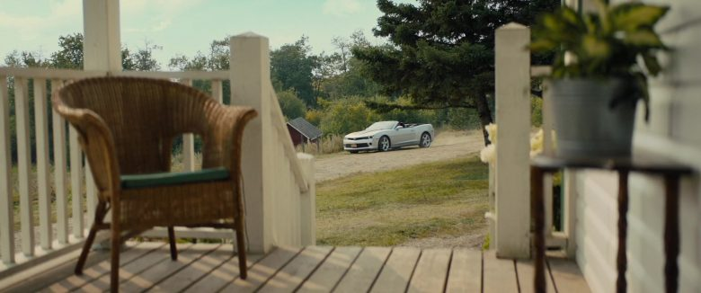 Chevrolet Camaro Convertible White Car in A Dog's Journey (2019) - Movie Product Placement