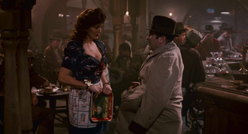 Coca-Cola Tray in Who Framed Roger Rabbit (1988) - Movie Product Placement
