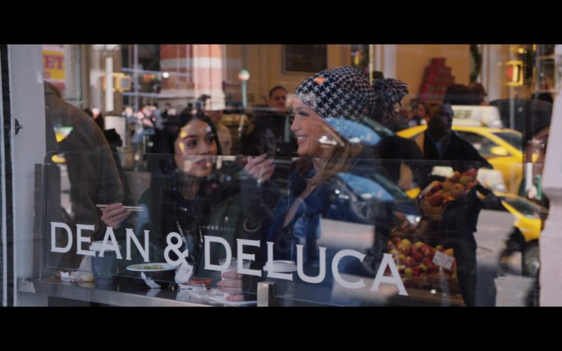 Dean & DeLuca Grocery Store in Second Act (1)