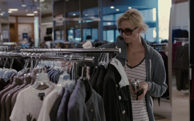 Dior Sunglasses and Diet Coke Can Held by Charlize Theron in Young Adult (1)