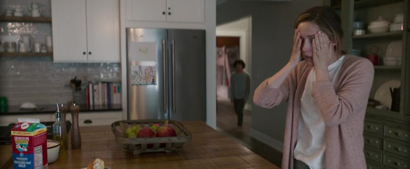 Horizon Organic Milk in Instant Family (2018) - Movie Product Placement