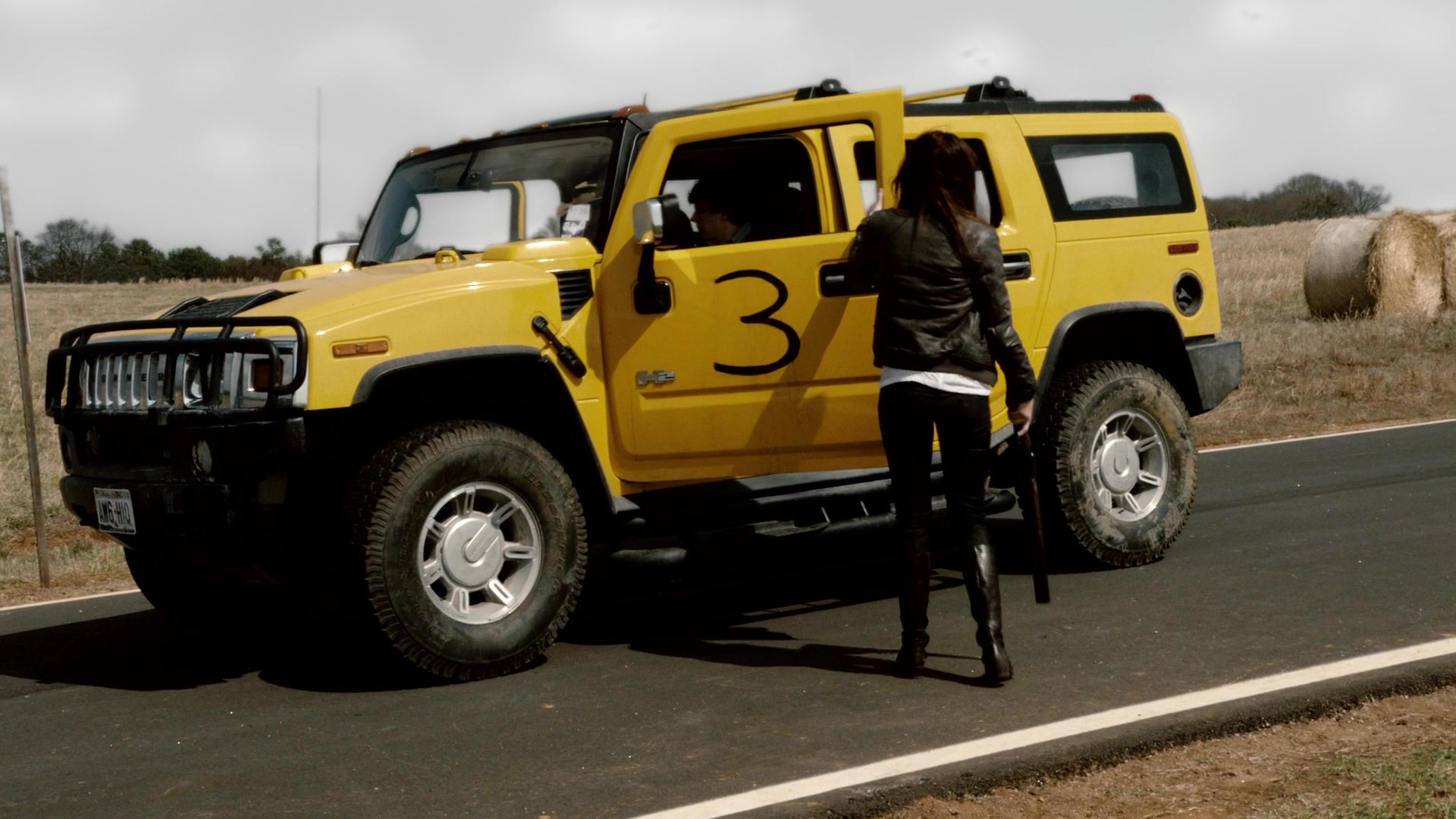 Hummer H Yellow Suv In Zombieland