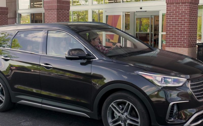 Hyundai Santa Fe Car in Instant Family (1)