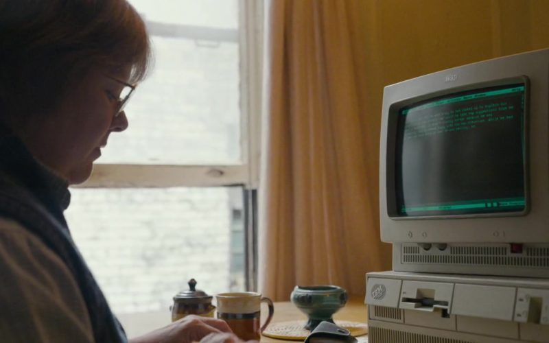 IBM Monitor and PC Computer Used by Melissa McCarthy in Can You Ever Forgive Me (1)