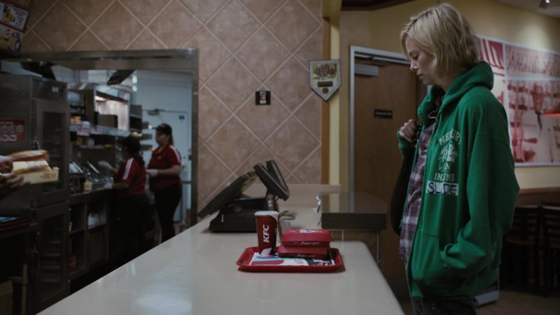 KFC and Pizza Hut in Young Adult (2011) Movie Product Placement