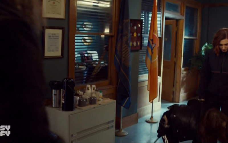 Nutpods and Westrock in Wynonna Earp (3)