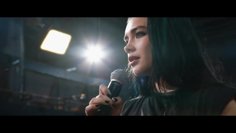 Shure Microphone Held by Florence Pugh in Fighting with My Family (2019) - Movie Product Placement