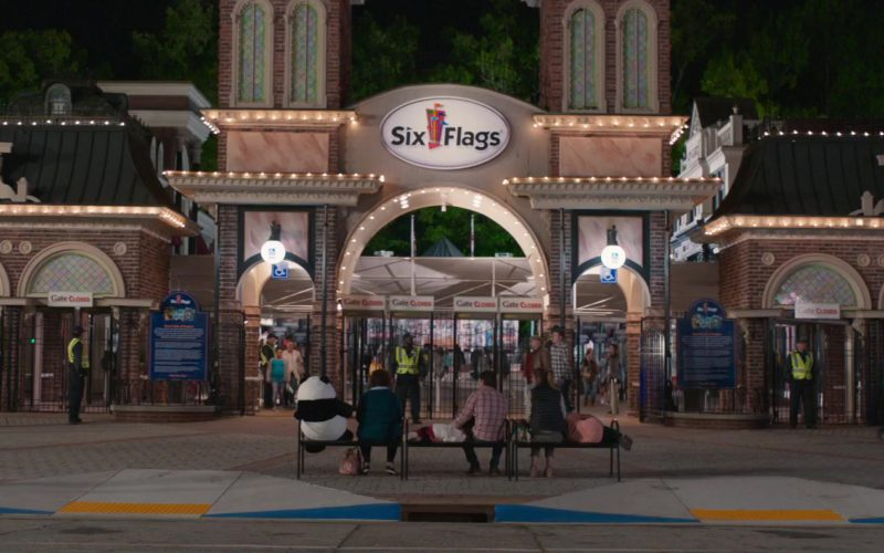 Six Flags Amusement Park in Instant Family (1)