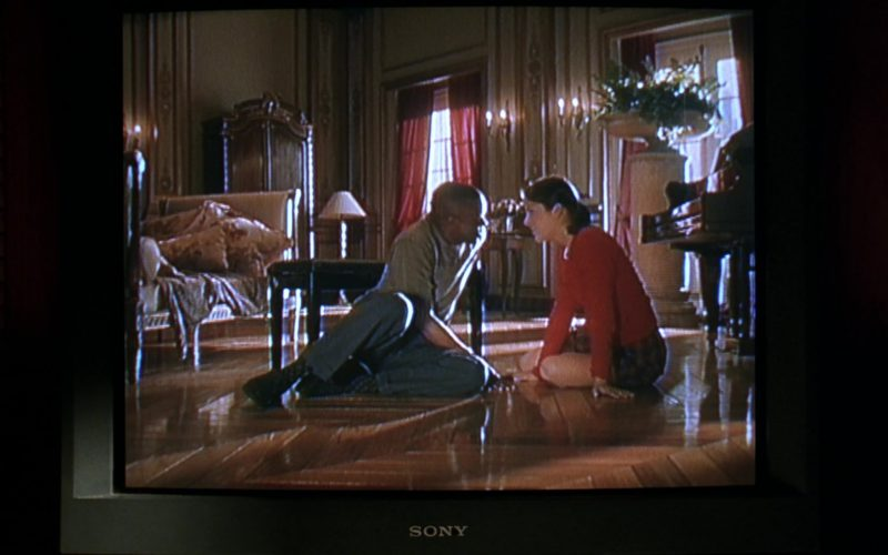 Sony TV in Cruel Intentions (1)