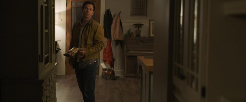Stacy's Pita Chips Held by Mark Wahlberg in Instant Family (2018) Movie Product Placement