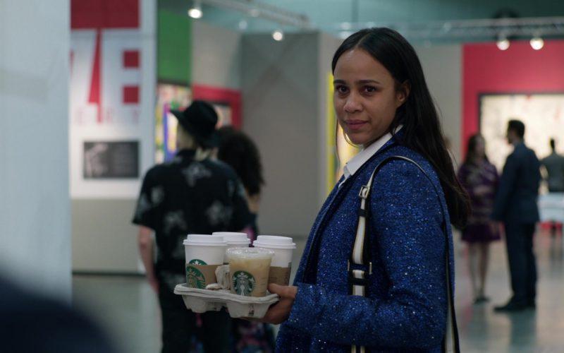 Starbucks Coffee Cups Held by Zawe Ashton in Velvet Buzzsaw (8)