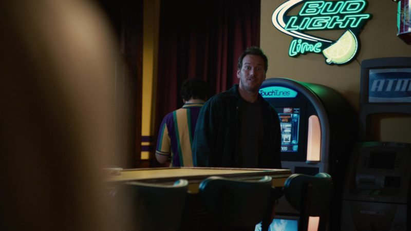 TouchTunes and Bud Light Lime Sign in Young Adult (2011) - Movie Product Placement