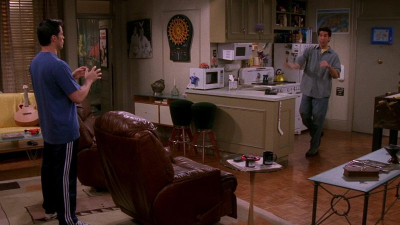 """Adidas Track Pants Worn by Matt LeBlanc (Joey Tribbiani) in Friends Season 5 Episode 21 """"The One With the Ball"""" (1999) - TV Show Product Placement"""