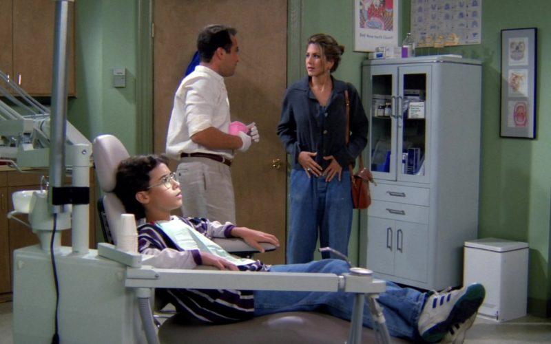 Adidas Sneakers Worn by Boy in Friends Season 1 Episode 2