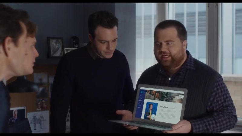Apple MacBook Air in Late Night (2019) - Movie Product Placement