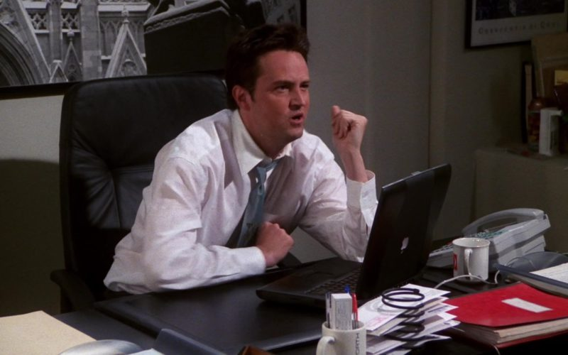Apple PowerBook Black Laptop Used by Matthew Perry (Chandler Bing) in Friends (1)
