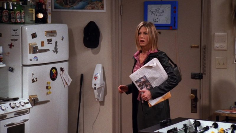 """Beck's Beer in Friends Season 7 Episode 15 """"The One With Joey's New Brain"""" (2001) - TV Show Product Placement"""