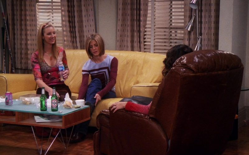 Beck's Beer in Friends Season 7 Episode 7 (1)