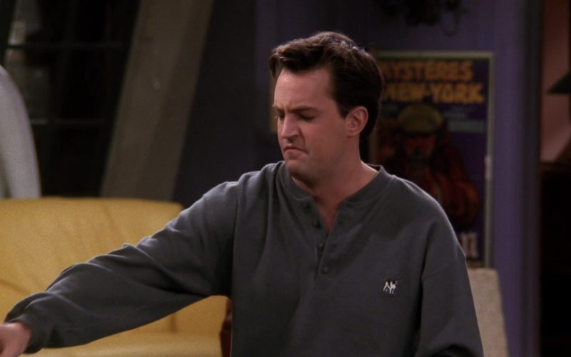 Big Dog Sweatshirt Worn by Matthew Perry (Chandler Bing) in Friends (1)
