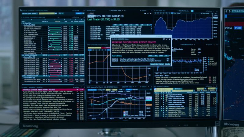 Bloomberg Terminals in Billions Season 4 Episode 3, Chickentown (2019) - TV Show Product Placement