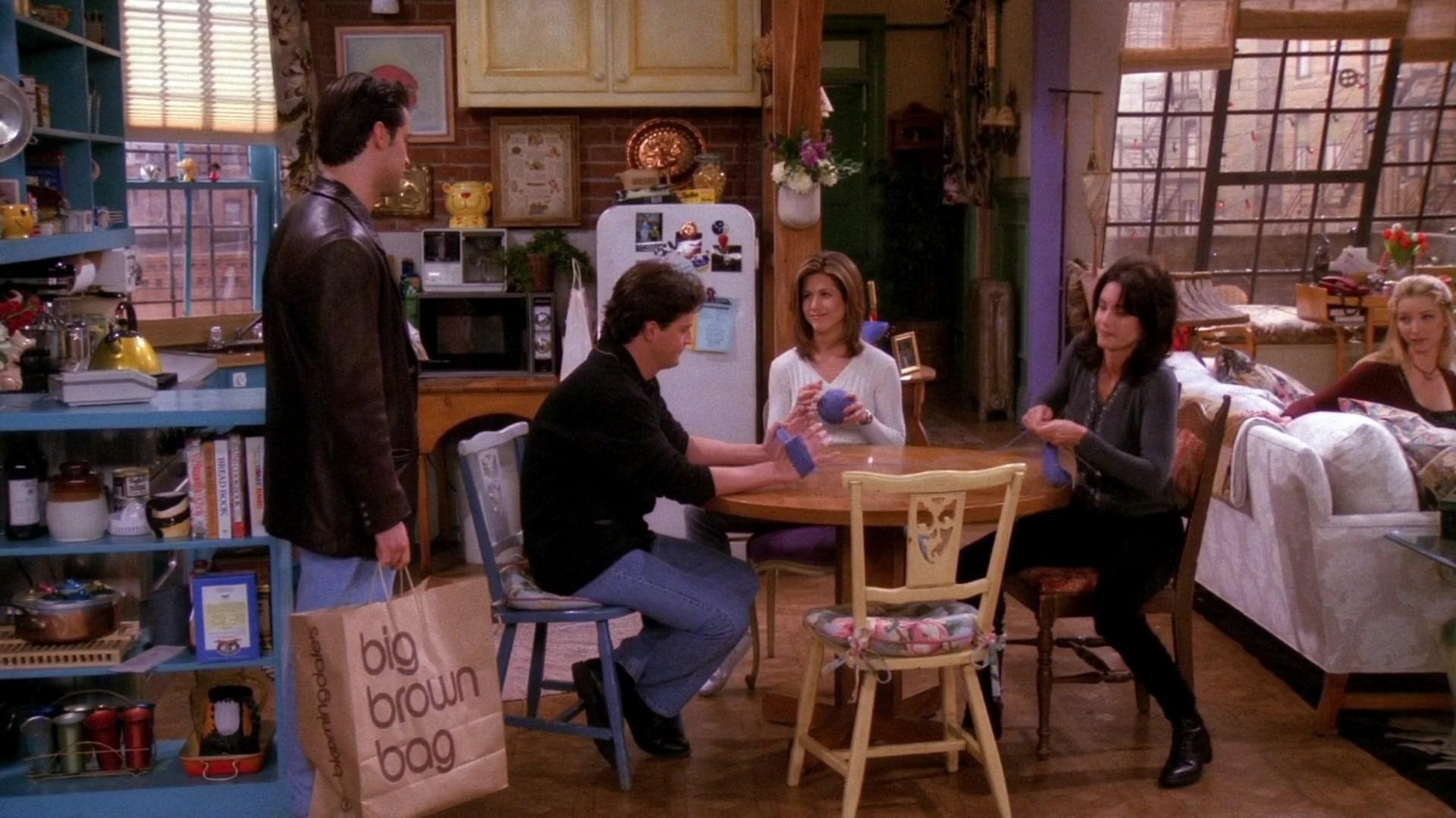 9dff4f3c8d6 Bloomingdale s Store Big Brown Bag Held by Matt LeBlanc (Joey Tribbiani) in  Friends Season