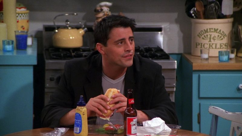 """Budweiser Beer Drunk by Matt LeBlanc (Joey Tribbiani) in Friends Season 7 Episode 1 """"The One With Monica's Thunder"""" (2000) - TV Show Product Placement"""