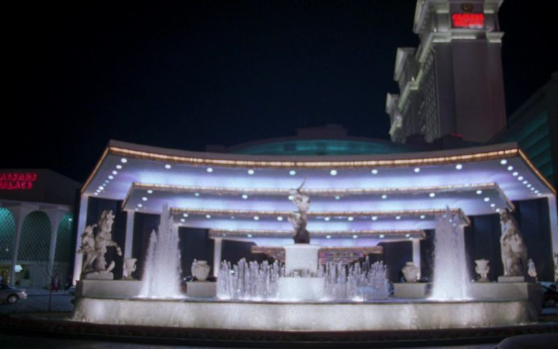 Caesars Palace Las Vegas Hotel & Casino in Friends Season 5 Episode 24 (3)