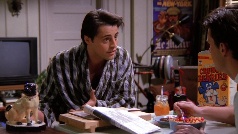 """Cap'N Crunch's Crunch Berries in Friends Season 1 Episode 24 """"The One Where Rachel Finds Out"""" (1995) - TV Show Product Placement"""