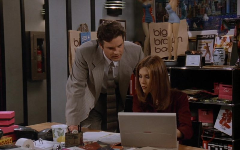 Compaq Laptop Used by Jennifer Aniston (Rachel Green) and Bloomingdale's Big Brown Bags in Friends Season 3 Episode 12 (1)