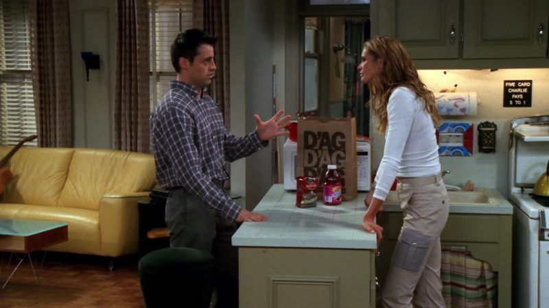 "D'Agostino ""D'AG"" Store Paper Bag & Snapple Tea in Friends Season 6 Episode 7 ""The One Where Phoebe Runs"" (1999) - TV Show Product Placement"