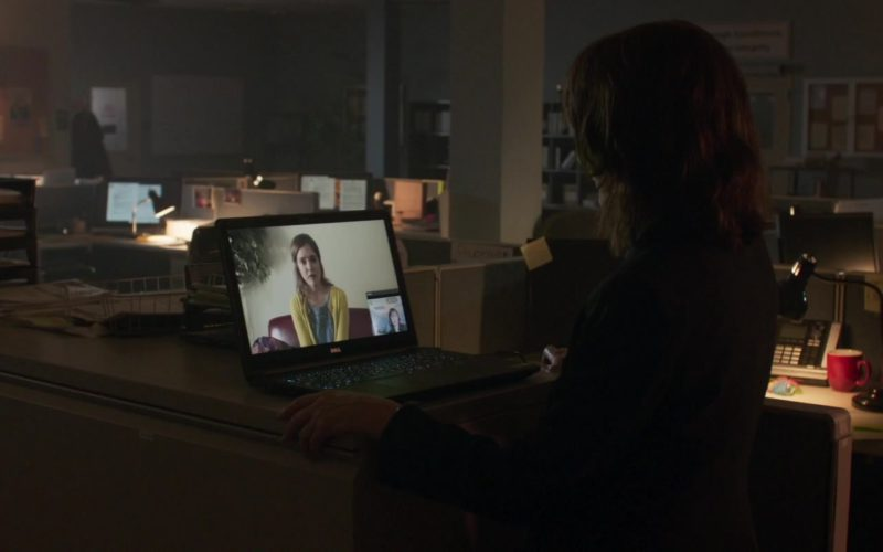Dell Laptop Used by Patricia Clarkson in Out of Blue (4)