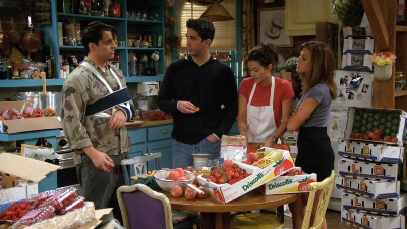 """Driscoll's Strawberries Boxes in Friends Season 3 Episode 3 """"The One With the Jam"""" (1996) TV Show Product Placement"""