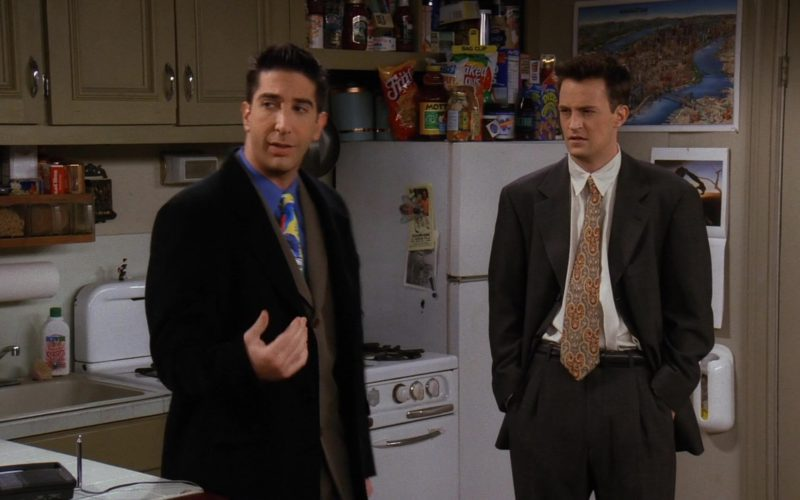 Fritos Corn Chips and Mott's Juice in Friends Season 3 Episode 12 (1)