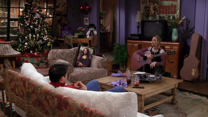 "Gibson Acoustic Guitar & Case Used by Lisa Kudrow (Phoebe Buffay) in Friends Season 4 Episode 9 ""The One Where They're Going to Party!"" (1997) - TV Show Product Placement"