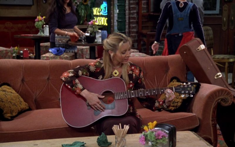 Gibson Acoustic Guitar Used by Lisa Kudrow (Phoebe Buffay) in Friends Season 4 Episode 5 (1)
