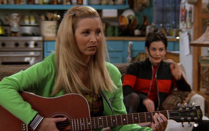 Gibson Guitar Used by Lisa Kudrow (Phoebe Buffay) in Friends Season 3 Episode 14 (7)