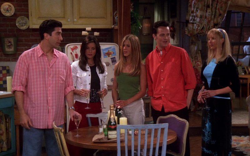 Grand Brut Perrier Jouët Champagne in Friends Season 7 Episode 1 (1)