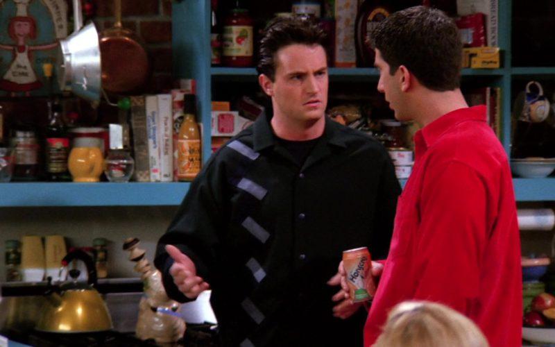 Hansen's Drink Held by David Schwimmer (Ross Geller) in Friends Season 1 Episode 20 (1)