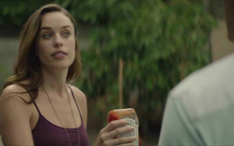 Heinz Ketchup Held by Jessica McNamee in The Neighbor (1)