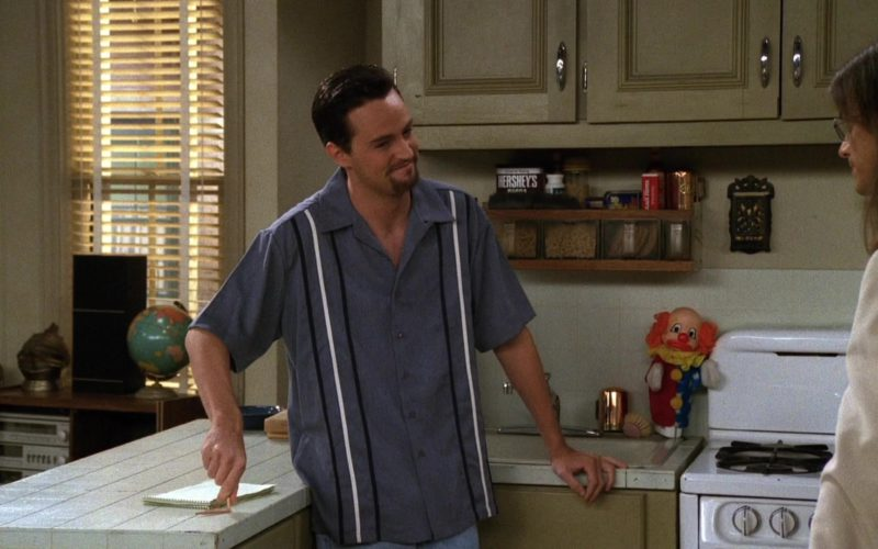Hershey's in Friends Season 3 Episode 6 (1)