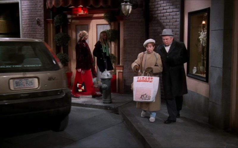 Honda EV Plus Battery Electric Vehicle and Zabar's Store Paper Bag in Friends Season 6 Episode 11