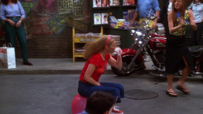 """Indian Motorcycle in Friends Season 7 Episode 14 """"The One Where They All Turn Thirty"""" (2001) - TV Show Product Placement"""