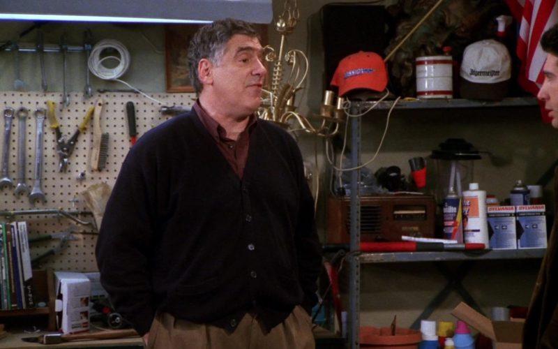 Jägermeister Cap and Sylvania in Friends Season 7 Episode 13 (1)