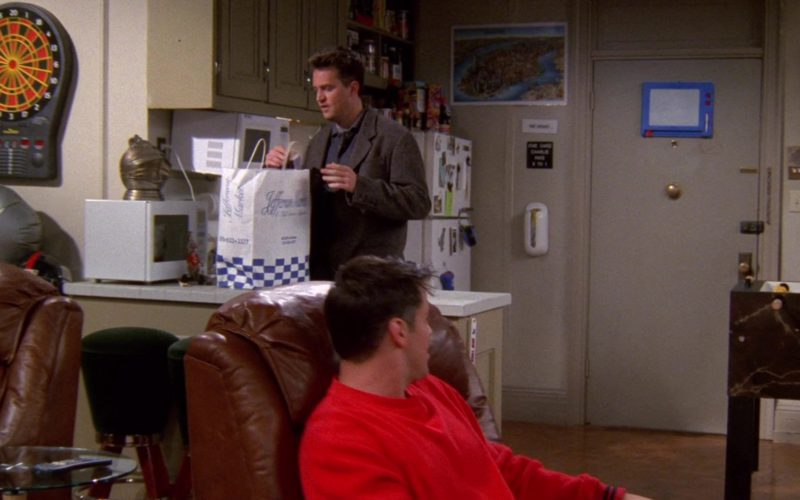 Jefferson Market Store Paper Bag in Friends Season 5 Episode 5 (1)