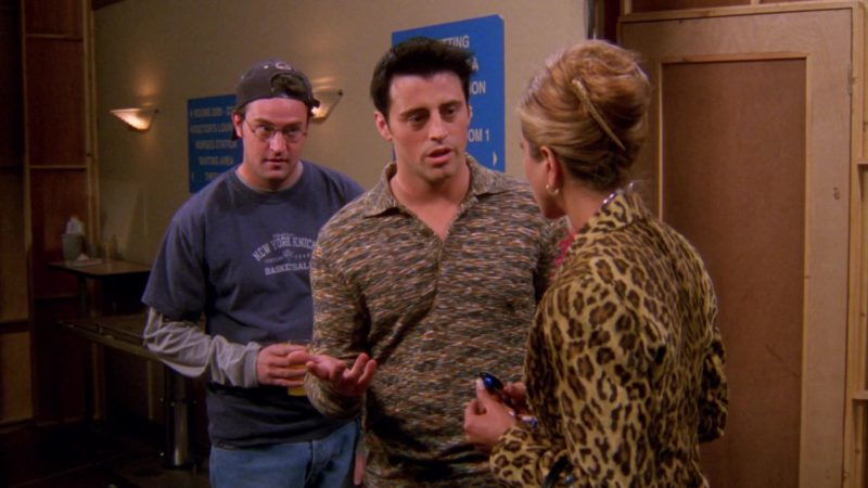 "Knicks T-Shirt Worn by Matthew Perry (Chandler Bing) in Friends Season 6 Episode 15 ""The One That Could Have Been Part 1"" (2000) - TV Show Product Placement"