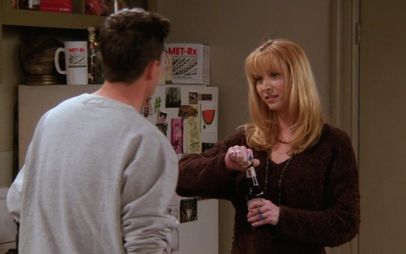 MET-Rx in Friends Season 2 Episode 18 The One Where Dr. Ramoray Dies (4)