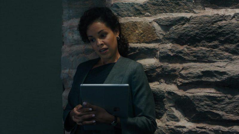 Microsoft Surface Laptop in Billions Season 4 Episode 1: Chucky Rhoades's Greatest Game (2019) TV Show