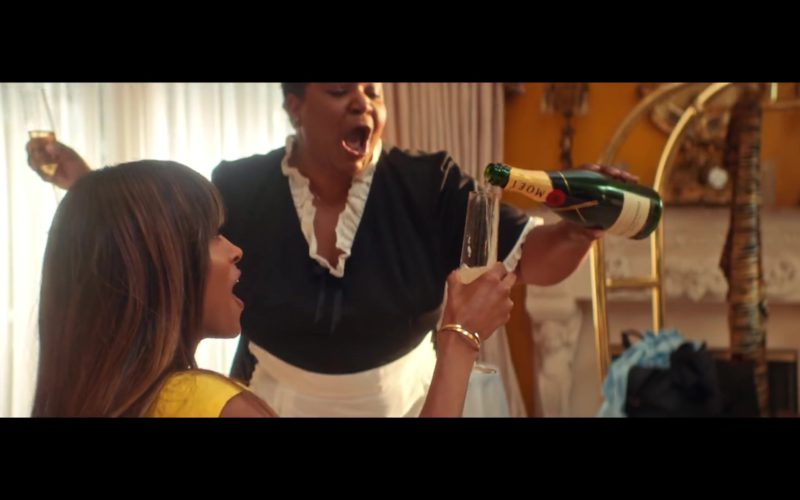 "Moet Champagne in ""Thinkin Bout You"" by Ciara (4)"